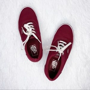 VANS / maroon classic lace up canvas sneakers / 7